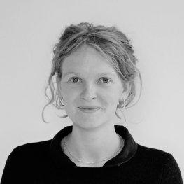 Foto zeigt Catharina Ziebritzkis Forschungsschwerpunkte sind EU- und Migrationsrecht.