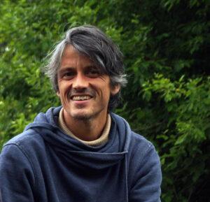 Sven Banisch forscht am Max-Planck-Institut für Mathematik in den Naturwissenschaften auf dem Gebiet der rechnergestützten Sozialwissenschaften und unter anderem zu Meinungsdynamiken. [weniger]  © privat